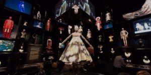 Выставка Alexander McQueen: Savage Beauty в Нью-Йорке