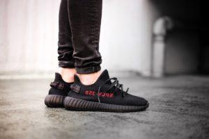 Коллаборация Kanye West и Adidas Yeezy Boost 350 V2 Bred
